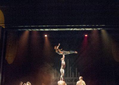 Prometeusz 4K spektakl widowisko akrobatyczno-taneczne